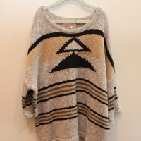 TASSLE TRIBAL SWEATER 1